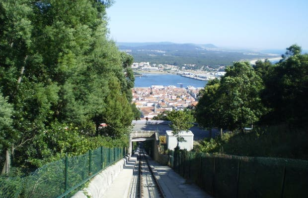 Lift or Funicular of Santa Luzia