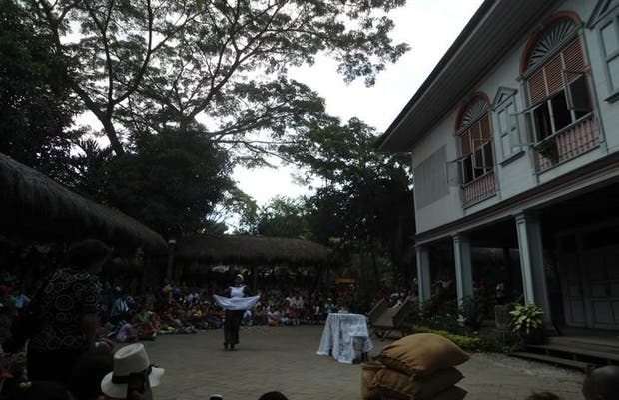 Espectaculo parque historico