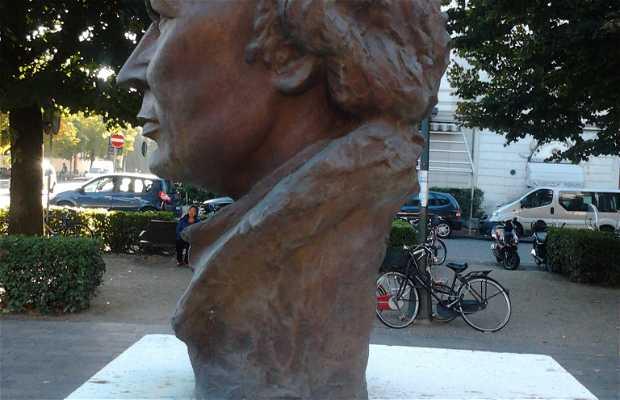 Monumento a Busoni