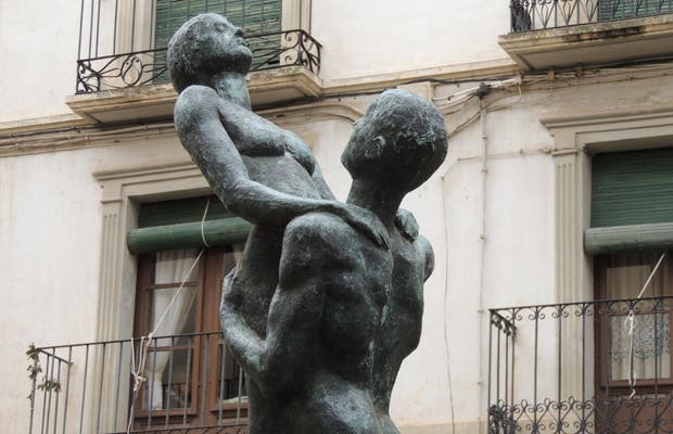 Escultura Canto a la Vida