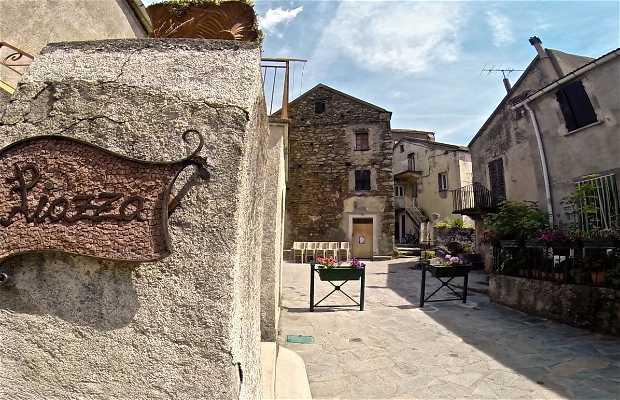 Plaza Poggio di Venaco