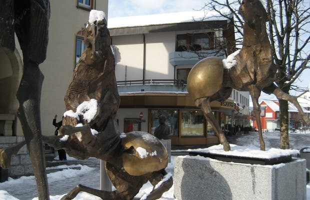 Caballos de bronce