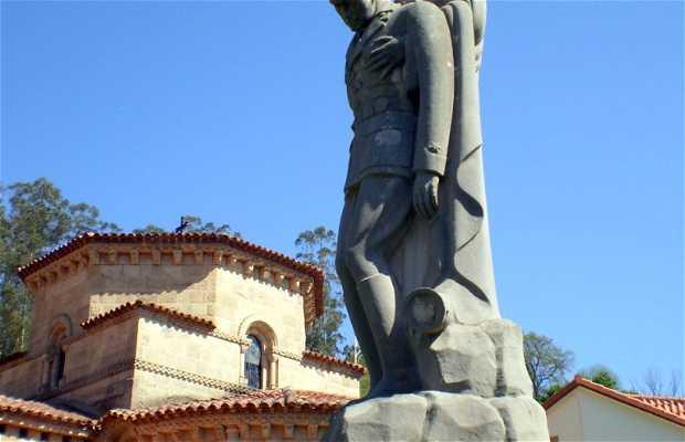 Teniente Fuentes Pila monument