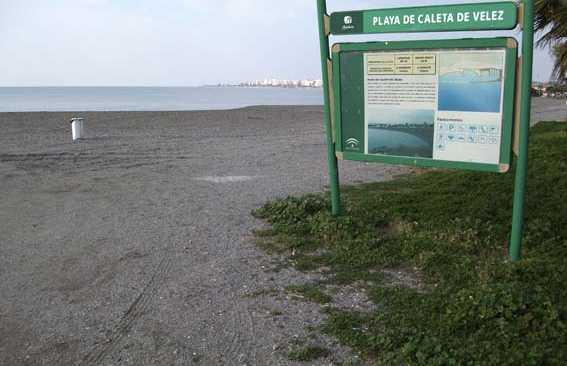 Spiaggia Caleta de Velez, Spagna