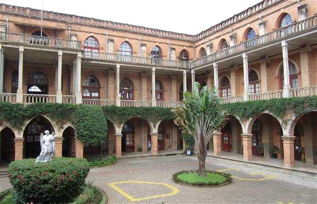 Colegio de Saint Michel