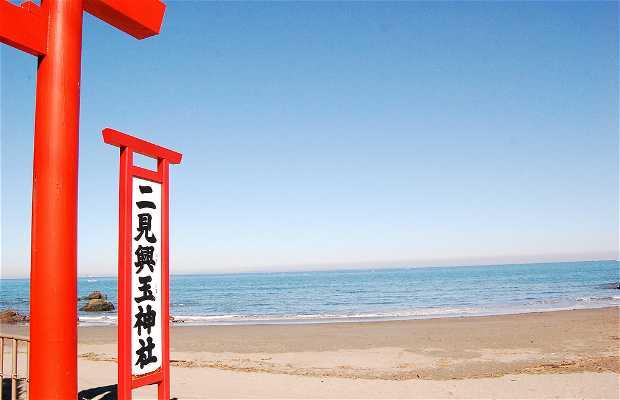 Capilla de Futami Okitama