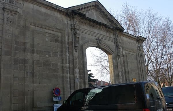 Puerta de San Ruf