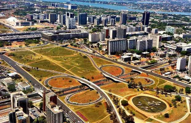 Sobrevoando Brasília
