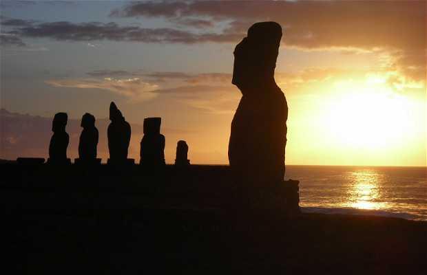 Puesta del Sol en la Isla de Pascua