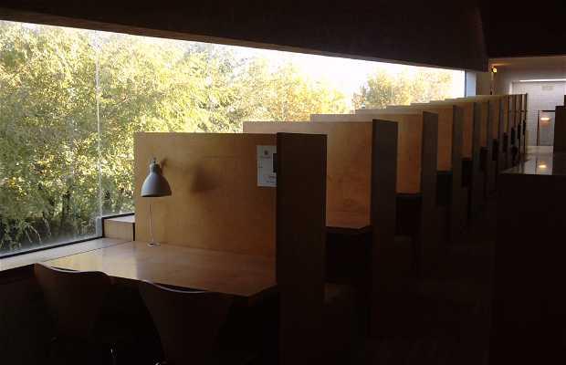 Bibliothèque Lazaro carreter