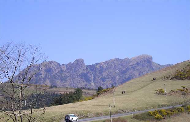 Carretera a Peñas de Aya