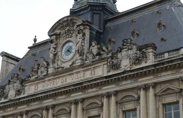 Hôtel de Ville (Town Hall)