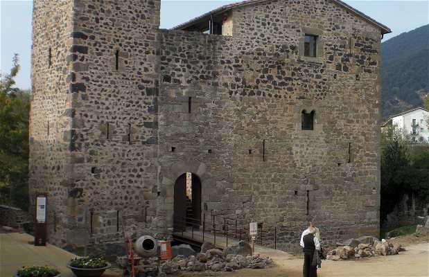 Medieval Castle Estada Juvinya