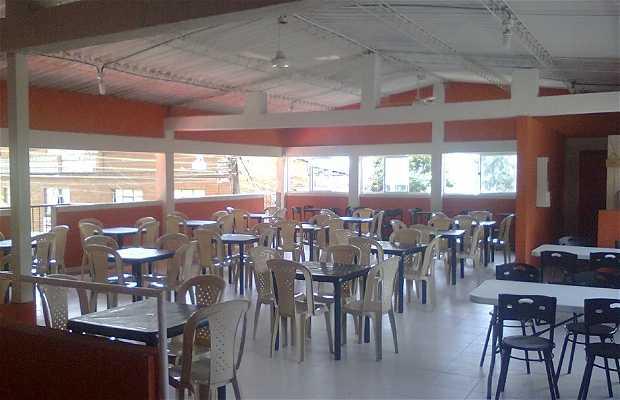 Restaurante y piqueteadero la cabaña