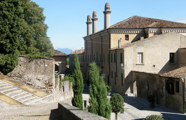 Palacio Gonzaga-Guerrieri