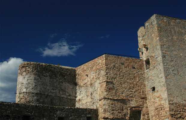 Bastiones y murallas