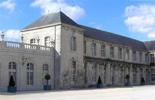 Castillo de Commercy