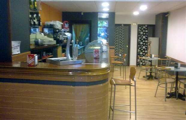 Cafeteria Leandra