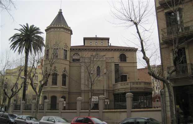 Torre Bayer (Escuela Santa Anna)
