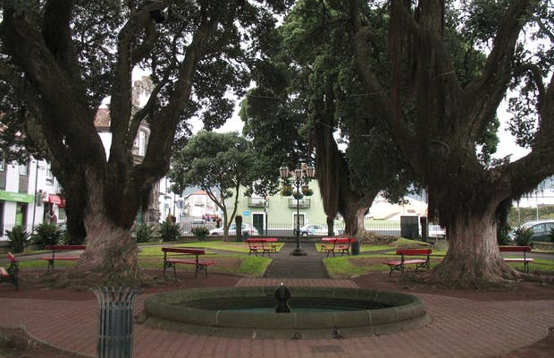 Jardim do Largo 5 do Outubro (zona wifi)