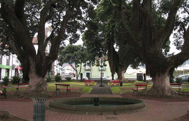Jardim do Largo 5 do Outubro