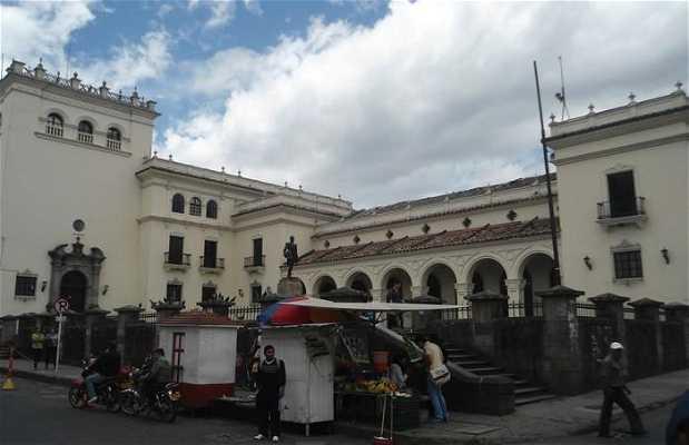 Plaza del Palacio Municipal