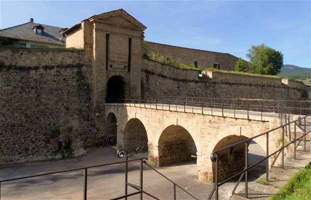 Murallas y Bastión de Mont-Louis
