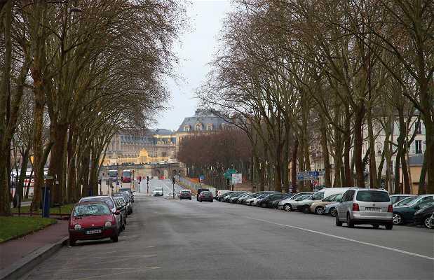 Avenida Saint Cloud