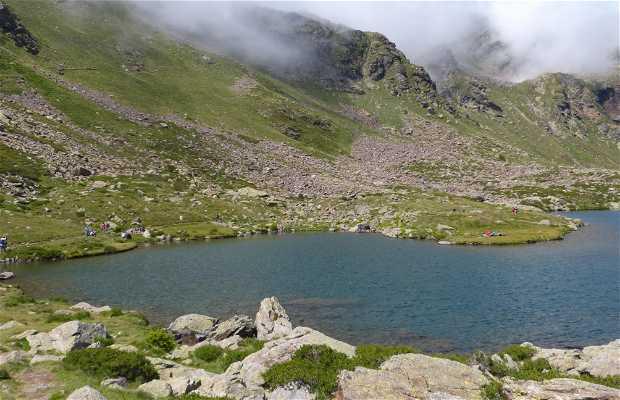 Lago d'enmig