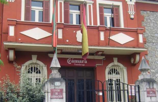 Oficina de turismo en torrelavega 1 opiniones y 4 fotos for Oficina de turismo astorga