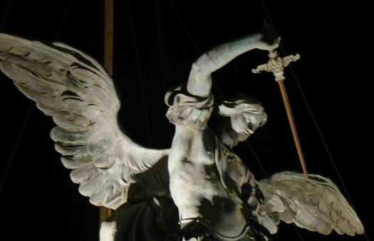 Statua dell'Arcangelo Michele a Roma