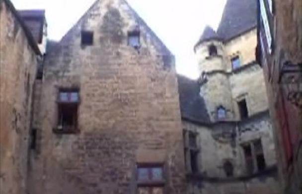 Walk along Sarlat