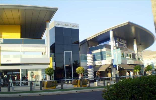 Centro comercial plaza del duque en costa adeje 7 - Centro comercial del mueble tenerife ...