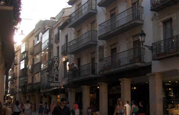 El Collado Street