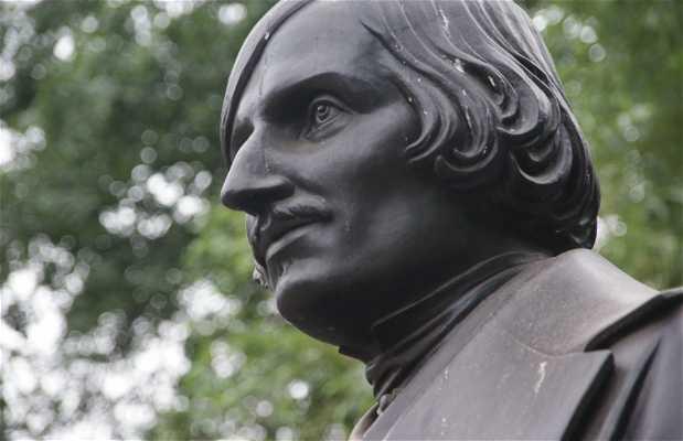 Busto de Gogol