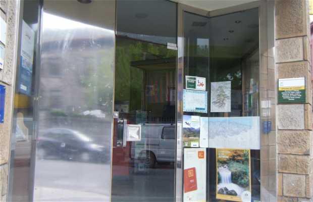 Oficina de turismo en pola de lena 2 opiniones y 4 fotos for Oficina turismo asturias