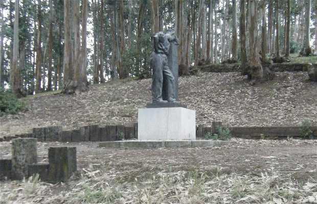 Escultura al Hombre Bueno