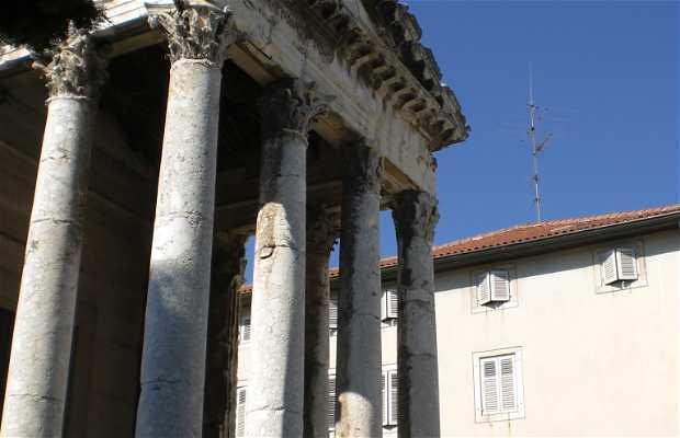 Tempio di Augusto