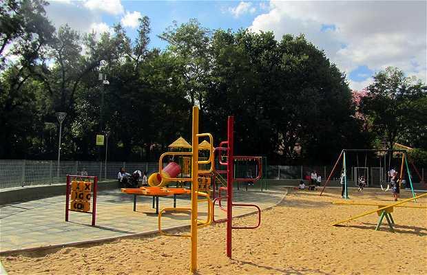 Patio de Juegos Plaza Intendente Casares