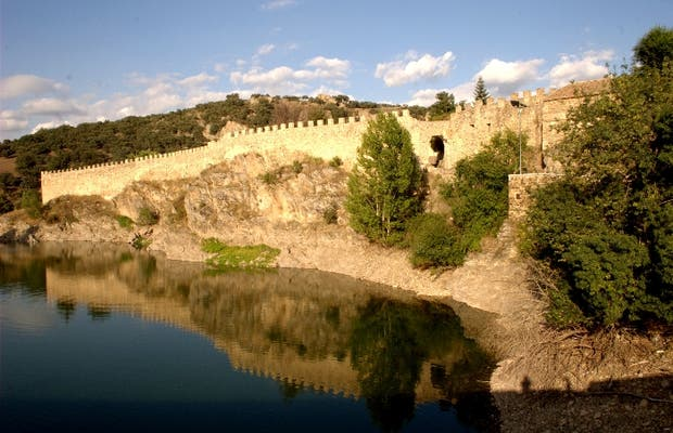 Buitrago del Lozoya Wall