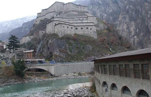 Fortaleza de Bard, Bard, Italia
