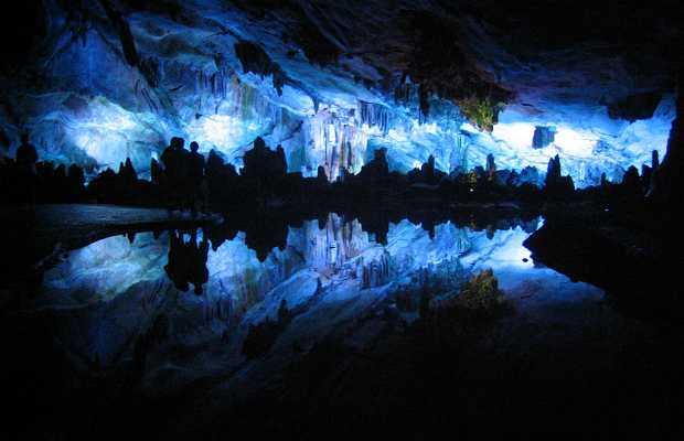 Les grottes illuminées de Guilin
