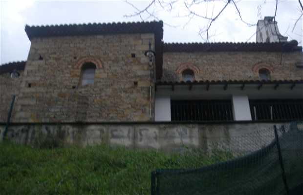 Iglesia parroquial de Tazones