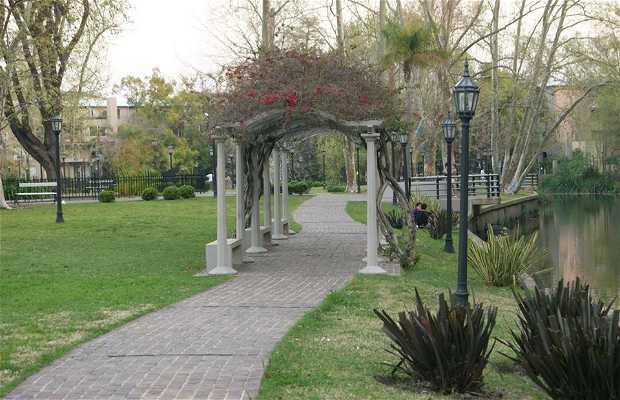 Plaza Daniel María Cazón en Tigre