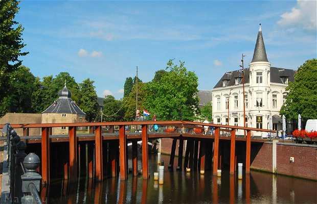 Haven - Canales de Breda
