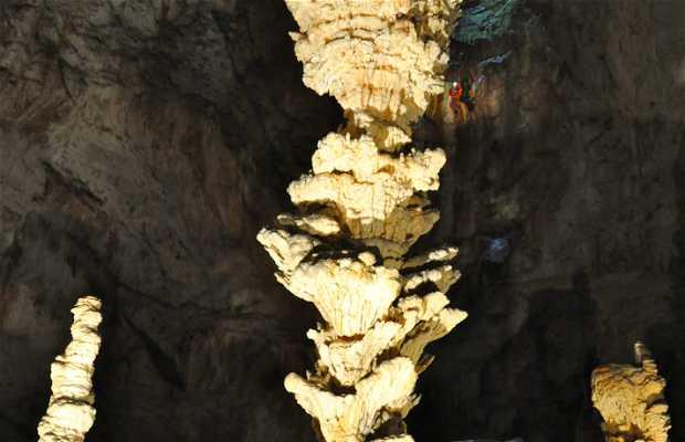 La salle Robert de Joly, Grotte de l'Aven d'Orgnac