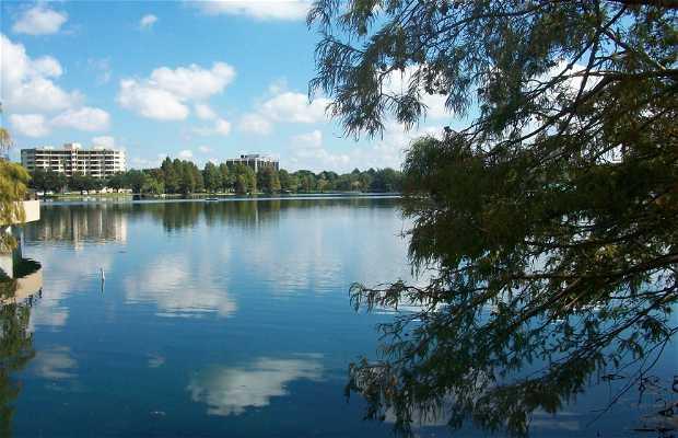 El Lago Eola