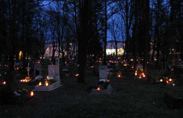 Todos los Santos en Polonia