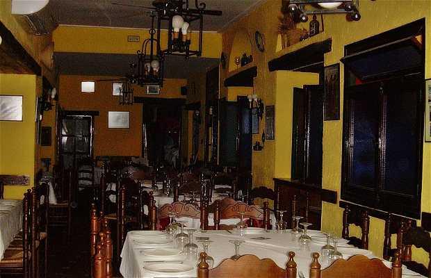 Hermans Macías Restaurant