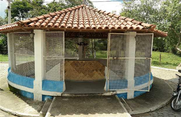 Biquinha - Fonte Antônio Jacinto Sampaio Filho